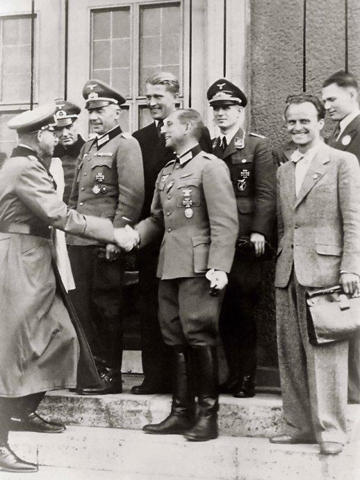 """Chiến dịch """"dùng đầu người Đức"""" giúp Mỹ vượt qua Liên Xô - 3"""