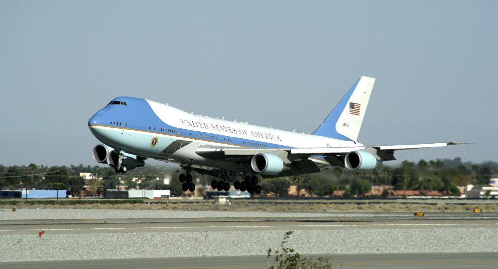 Trump sẽ dùng Không lực Một mới, giá 370 triệu USD - 1