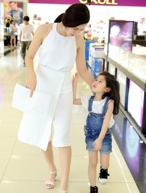 5 tiểu công chúa nhà sao Việt dự đoán sẽ thành mỹ nhân - 9