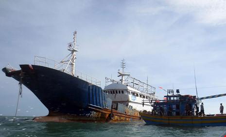 Làm rõ con tàu Trung Quốc bí ẩn trôi trên biển - 4