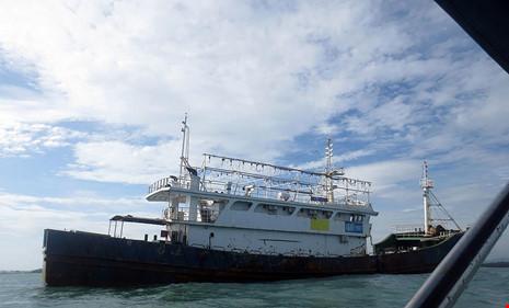 Làm rõ con tàu Trung Quốc bí ẩn trôi trên biển - 5