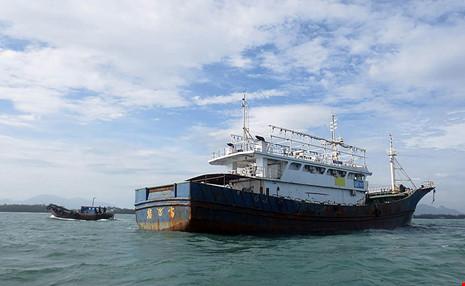 Làm rõ con tàu Trung Quốc bí ẩn trôi trên biển - 7