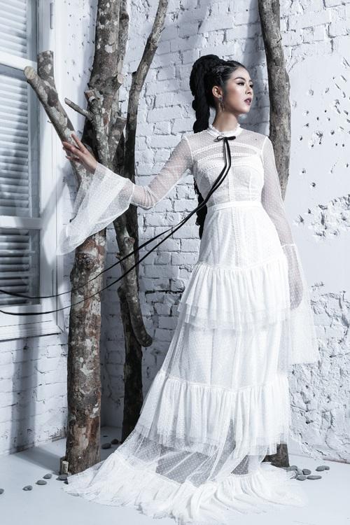 Ngọc Hân, Thúy Vân khoe dáng vệ nữ với ren voan xuyên thấu - 6