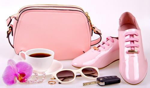 """LAI Yuna X vàng hồng: Món quà """"vẹn toàn"""" cho phái đẹp - 1"""