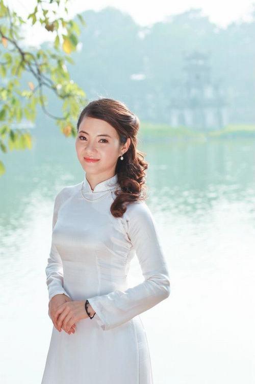 Bất ngờ với bà mẹ 2 con trẻ đẹp như gái 18 ở Hà Nội - 9