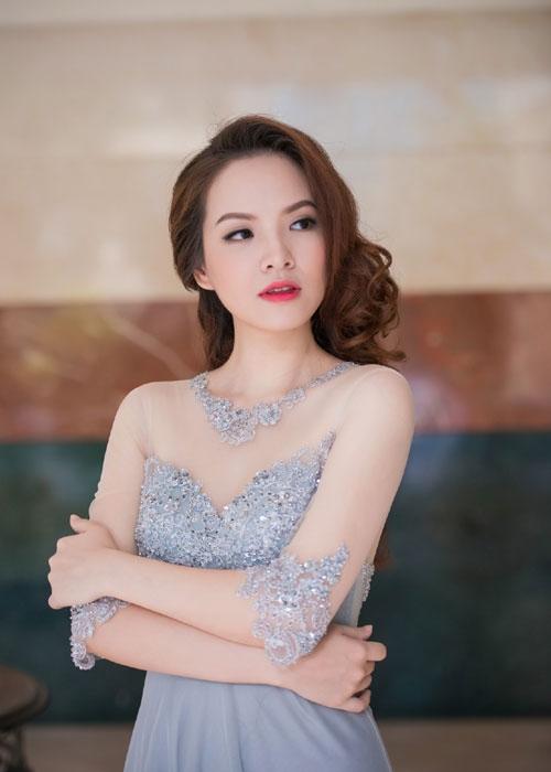 """Mướt mắt với vẻ đẹp của """"gái hai con"""" Đan Lê - 10"""