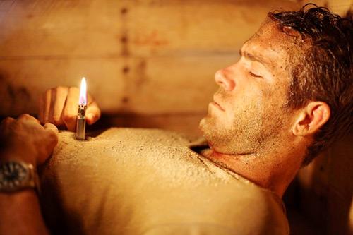 """""""Chôn sống"""" – bộ phim gây ám ảnh của tài tử Canada - 1"""