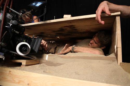 """""""Chôn sống"""" – bộ phim gây ám ảnh của tài tử Canada - 4"""