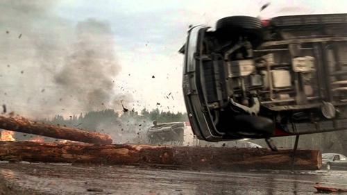 Đứng tim với những pha tai nạn xe hơi kinh hoàng trên màn ảnh - 2