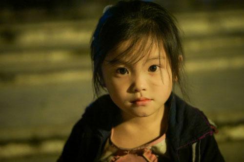Đằng sau bức ảnh cô bé tựa thiên thần ở Sapa gây bão - 3