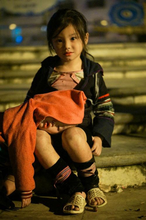 Đằng sau bức ảnh cô bé tựa thiên thần ở Sapa gây bão - 5