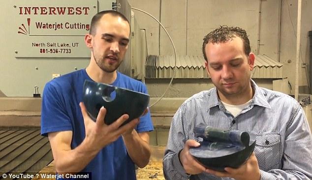 Dùng cưa nước cắt iPhone 7 như cắt đậu phụ ở Mỹ - 3