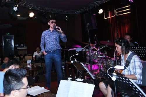 Dàn ca sĩ quá chất hát tại The Master of Symphony 2016 - 2