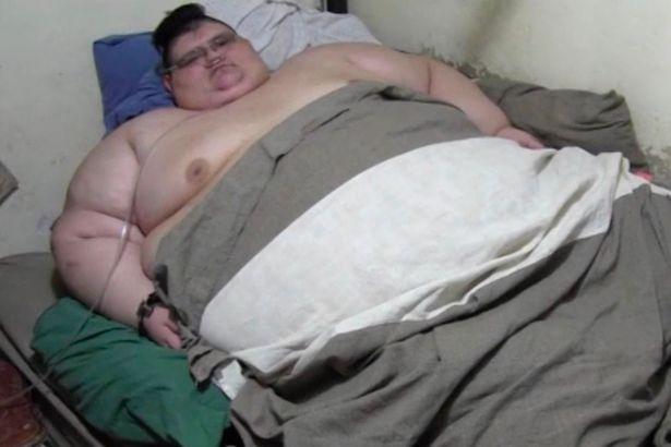 Chàng béo 500kg bắt đầu ăn kiêng để tự cứu mình - 1