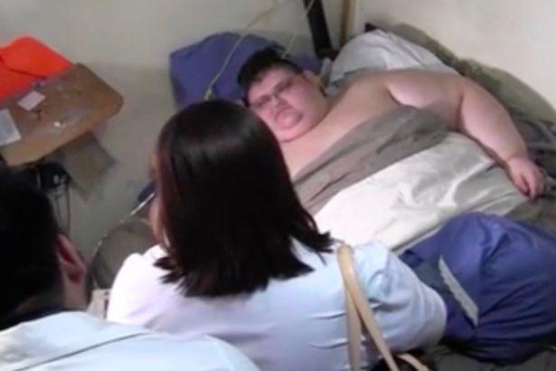 Chàng béo 500kg bắt đầu ăn kiêng để tự cứu mình - 3