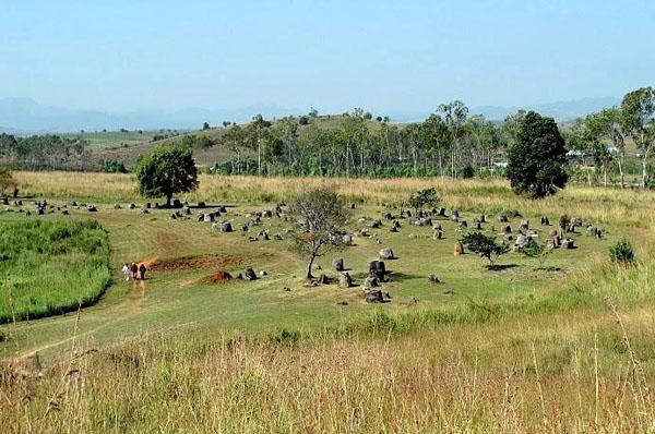 Đường đến đất nước Triệu voi và cánh đồng chum bí ẩn - 2