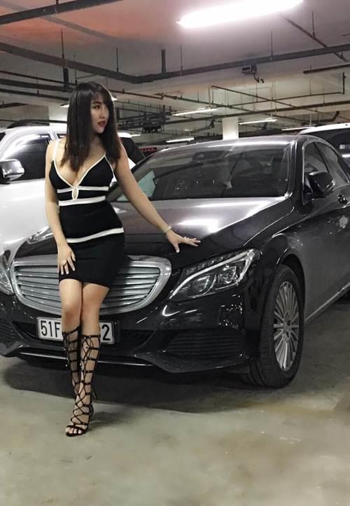 Vẻ đẹp phồn thực của Phi Thanh Vân sau sinh con - 4