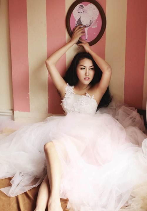Vẻ đẹp phồn thực của Phi Thanh Vân sau sinh con - 8