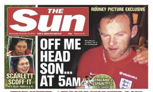 """Rooney chìm trong """"biển rượu"""", bị fan nhiếc móc thậm tệ - 1"""