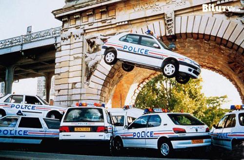 """Cảnh rượt đuổi ô tô """"đặc sản"""" trong phim Hollywood - 7"""