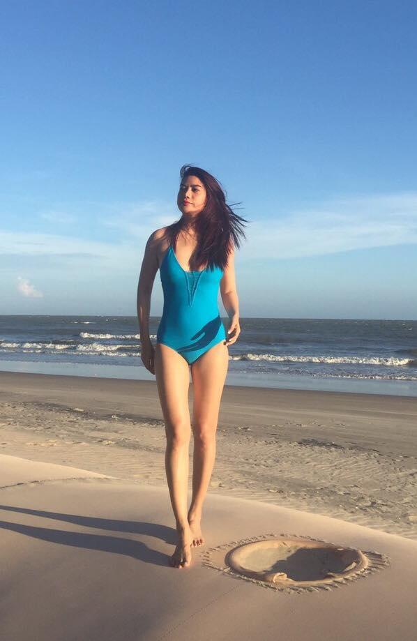 Mỹ nhân U40, U50 diện bikini nuột nà hơn gái 20 - 2