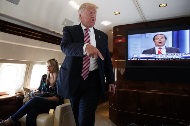 Trump kiếm bộn tiền từ mật vụ Mỹ theo cách chưa từng có - 3