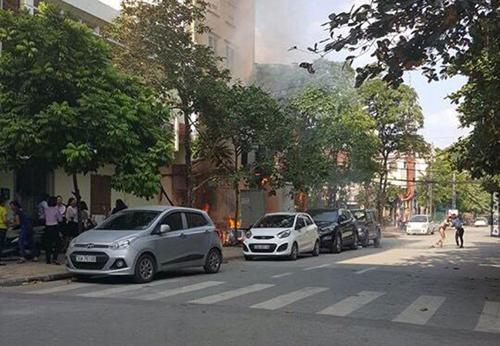 Ảnh: Hiện trường vụ nổ bốt điện kinh hoàng ở Hà Đông - 1