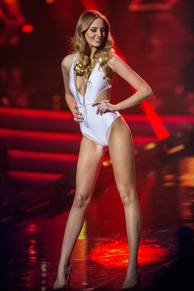 Kristina Cincurova năm nay 19 tuổi, sở hữu chiều cao 1m82. & nbsp;