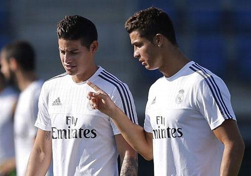"""""""Gần mực"""", J.Rodriguez đang nhiễm thói xấu của Ronaldo - 1"""