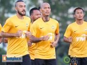 Bóng đá - Nỗi khổ đối thủ của ĐT Việt Nam: Đi tập, ngủ gật chờ sân