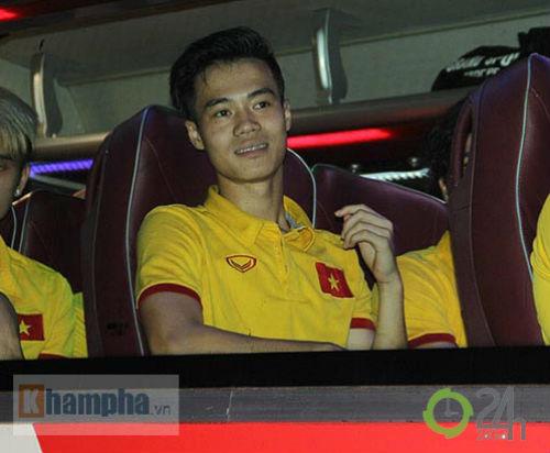 """Tin nhanh AFF Cup 2016: Báo """"Tây"""" tiếc nuối vì Đình Hoàng - 7"""