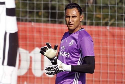 """Real đá derby Madrid: """"Cột chống trời"""" Ronaldo - 4"""