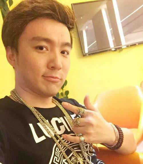"""29 tuổi, cuối cùng """"cậu bé Tam Mao"""" đã mọc tóc - 2"""