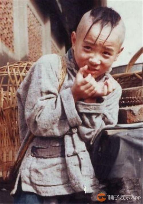 """29 tuổi, cuối cùng """"cậu bé Tam Mao"""" đã mọc tóc - 3"""