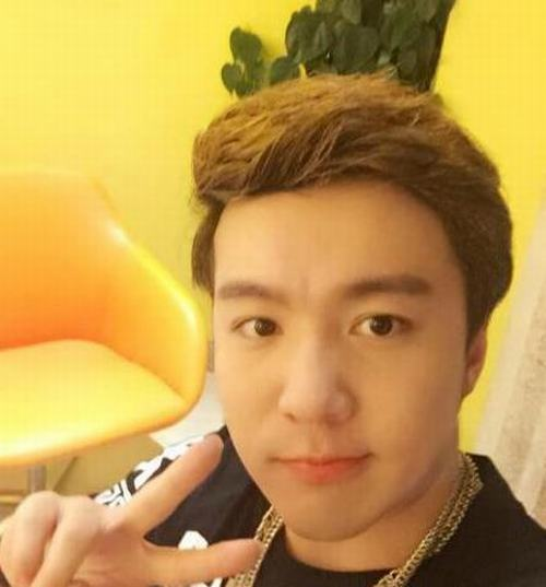 """29 tuổi, cuối cùng """"cậu bé Tam Mao"""" đã mọc tóc - 1"""