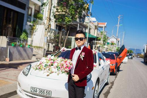 Dàn siêu xe 50 tỷ trong lễ cưới người đẹp và đại gia Hạ Long - 1