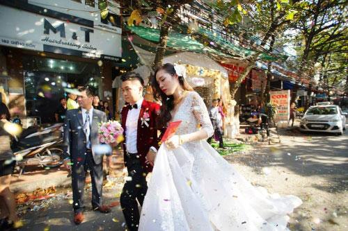 Dàn siêu xe 50 tỷ trong lễ cưới người đẹp và đại gia Hạ Long - 14
