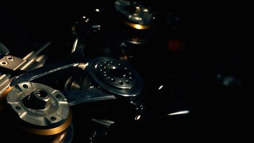 Mổ xẻ siêu môtô Norton V4 RR giá chát 780 triệu đồng - 4