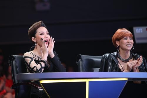 """Thu Minh, Tóc Tiên phấn khích với """"Liên khúc bướm"""" - 4"""