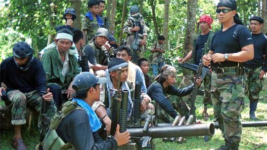 Philippines xác nhận Abu Sayyaf đang giữ 6 thủy thủ VN - 1