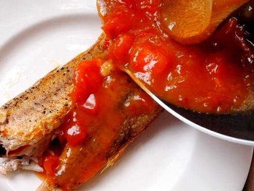 Bữa trưa ngon miệng với món cá hồng sốt cà chua - 11