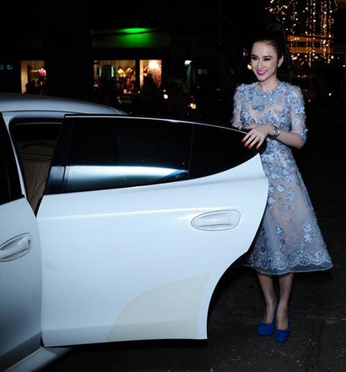 Những lần mượn siêu xe gây ồn ào của Hà Hồ, Thủy Tiên - 3