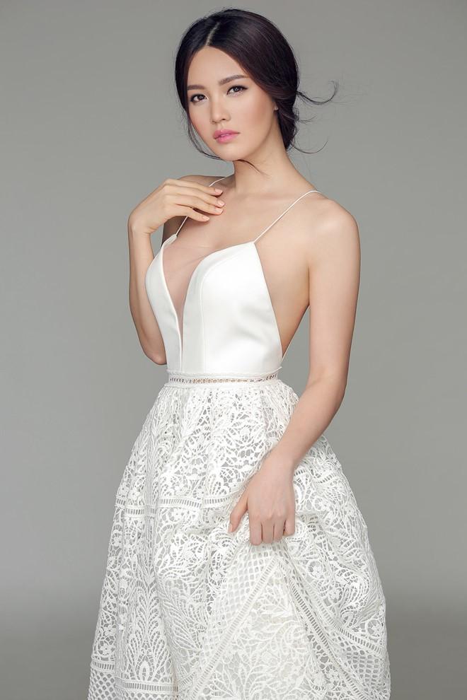 """Hoa - á hậu ngày càng mặc táo bạo khi """"lấn sân"""" làm MC - 3"""