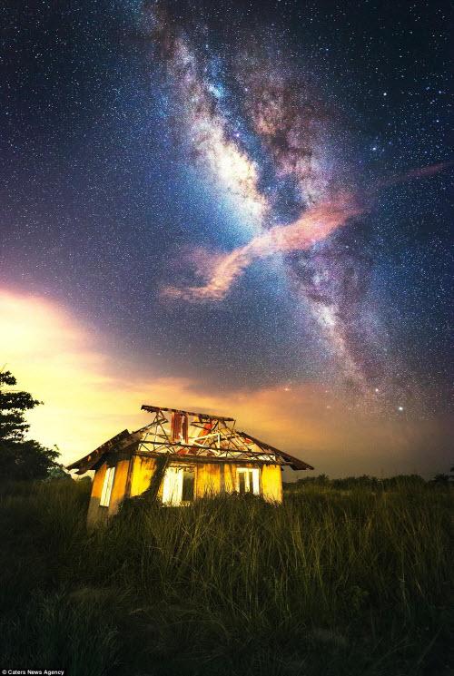 Ngắm vẻ đẹp ngoạn mục của bầu trời đêm - 2
