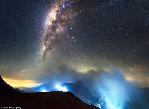 Ngắm vẻ đẹp ngoạn mục của bầu trời đêm - 4