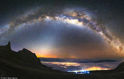 Ngắm vẻ đẹp ngoạn mục của bầu trời đêm - 6