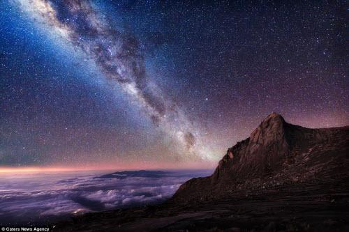 Ngắm vẻ đẹp ngoạn mục của bầu trời đêm - 9