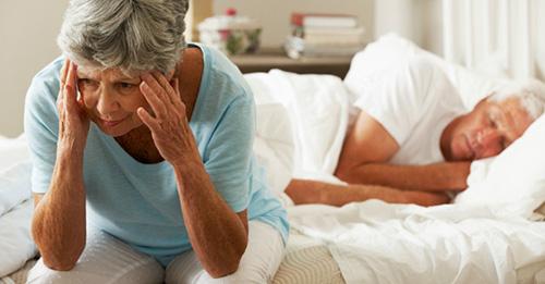 Dùng thuốc Tây để ngủ: Lý do càng ngủ càng mệt, càng hại não - 1