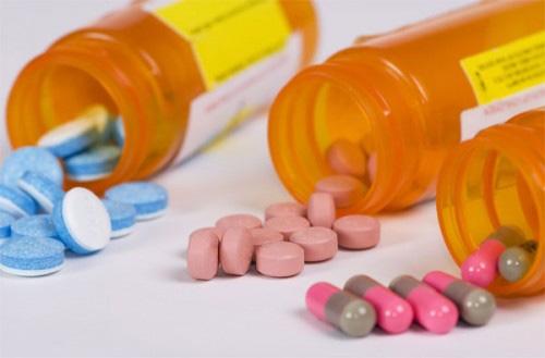 Dùng thuốc Tây để ngủ: Lý do càng ngủ càng mệt, càng hại não - 2