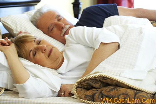 """Mất ngủ ở phụ nữ sau 35: Bạn đã biết cách """"hóa giải"""" hiệu quả - 4"""